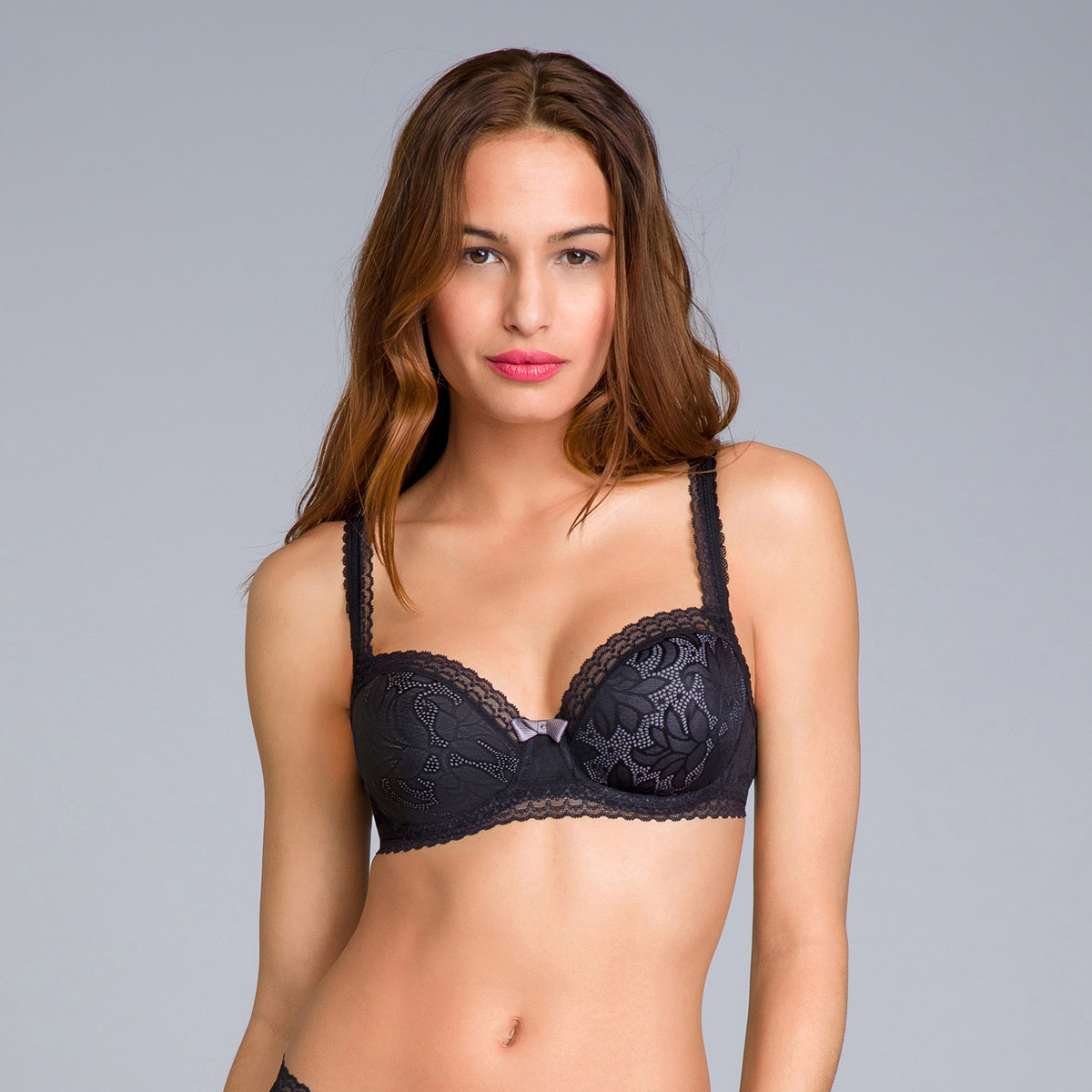 Reggiseno invisibile a balconcino nero - Invisible Elegance, , PLAYTEX