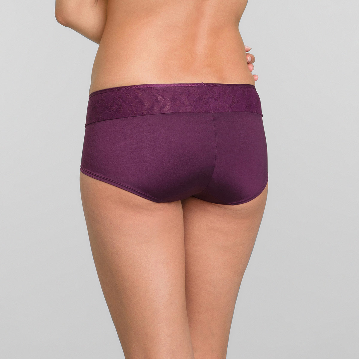 Panty prugna Ideal Beauty Lace, , PLAYTEX