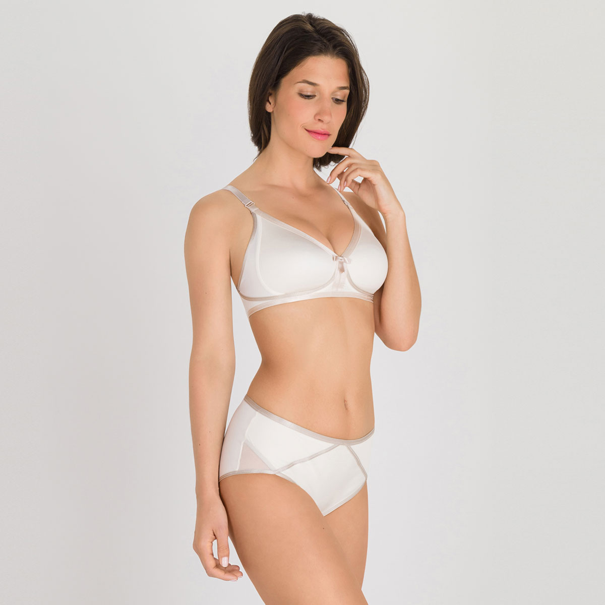 Culotte Midi nacre – Ideal Beauty-PLAYTEX